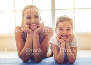 Madres y niñas